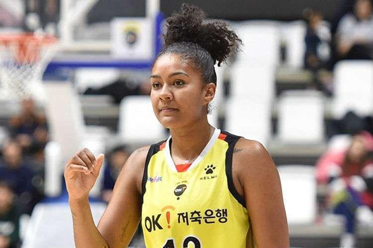 Nos últimos dois períodos de offseason da WNBA, Damiris atuou na Coreia do Sul (Foto: Divulgação/CBB)