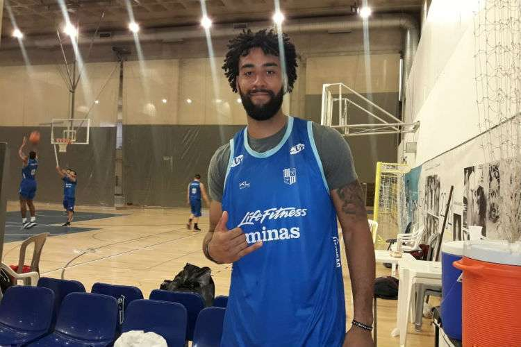 Devon Scott é a nova opção do Minas para o garrafão (Foto: Matheus Muratori/Basquete Todo Dia)