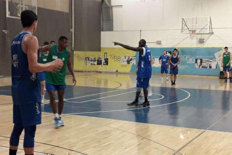 Tyrone treina normalmente no Minas desde a semana passada (Foto: Matheus Muratori/Basquete Todo Dia)