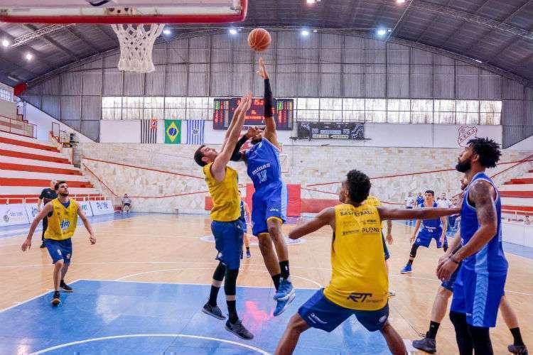 Leandrinho foi o cestinha do Minas, com 20 pontos (Foto: Arthur Marega/São José Basketball)