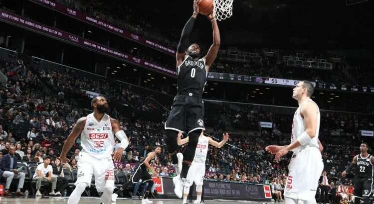 David Nwaba saiu do banco e contribuiu com 18 pontos (Foto: Divulgação/Brooklyn Nets)