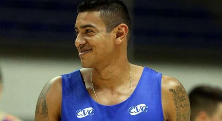 Shilton foi desfalque nos dois primeiros jogos por lesão na panturrilha direita (Foto: Ignácio Costa/Minas)