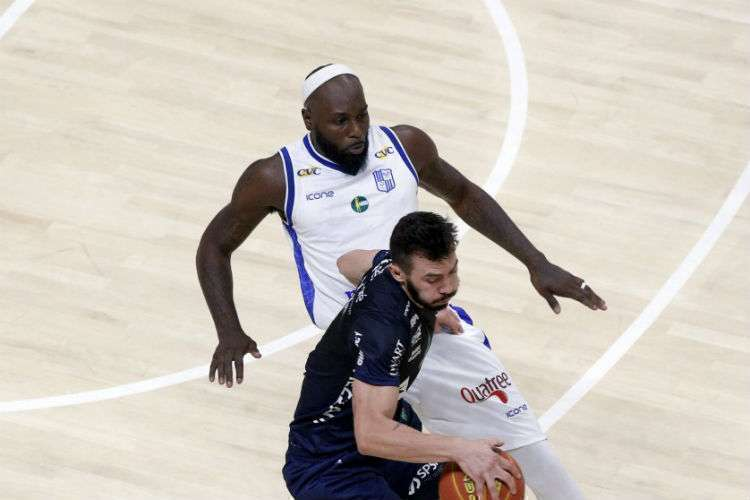 Tyrone acredita que pode melhorar o desempenho pelo Minas (Foto: Orlando Bento/Minas)