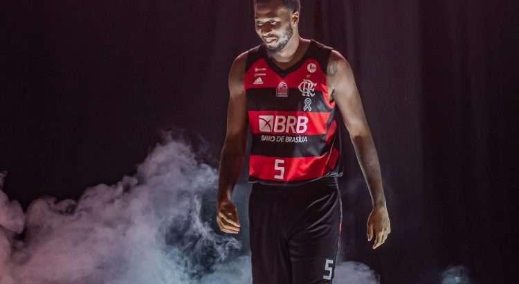 Leron Black disputou 19 jogos nesta temporada pelo Flamengo (Foto: Marcelo Cortes/Flamengo)