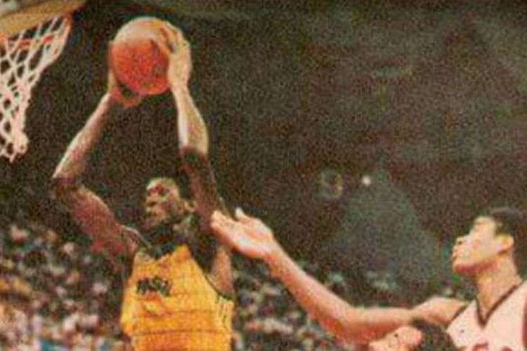 Gersão foi campeão pan-americano em 1987, com a seleção (Foto: Divulgação/CBB)
