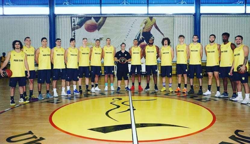 Praia tem equipe jovem para disputar o Brasileiro da CBB (Foto: Divulgação/Praia Clube)
