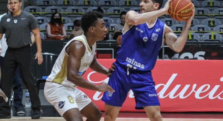 Parodi, do Minas, anotou 6 pontos, 3 rebotes e 6 assistências na vitória sobre o Brasília (Foto: Mariana Sá/LNB)