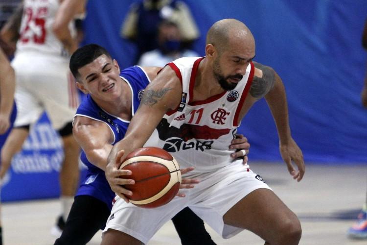 Marquinhos marcou 20 pontos na vitória flamenguista sobre o Minas (Foto: Orlando Bento/Minas)