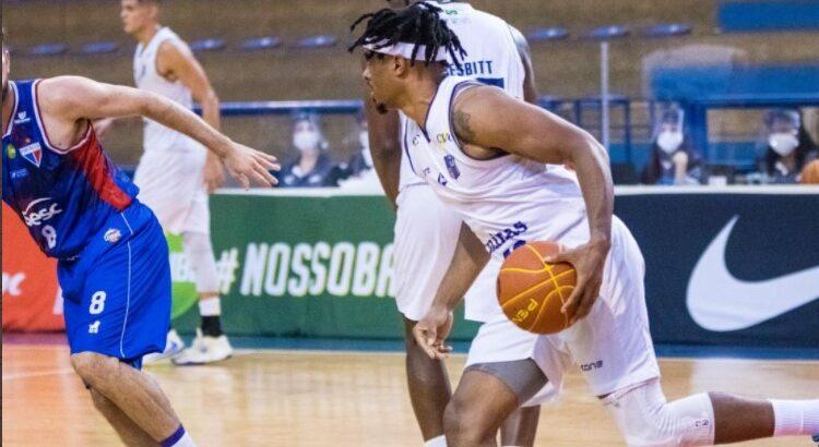 Shaq Johnson anotou 13 pontos na vitória sobre o Fortaleza (Foto: Luísa Xavier/Fortaleza Basquete Cearense)