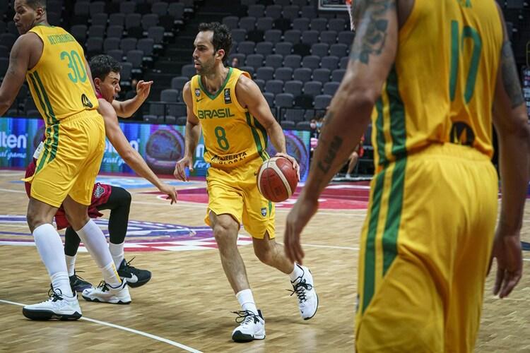 Vítor Benite é um dos destaques da Seleção Brasileira (Foto: Divulgação/Fiba)