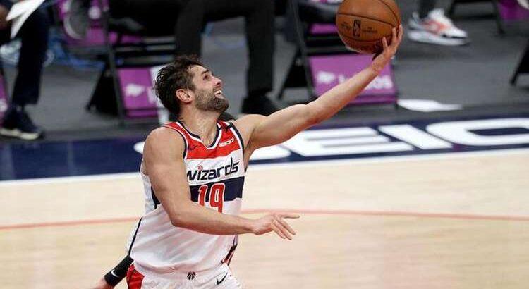 Raulzinho vem de sua temporada mais consistente na NBA (Foto: Rob Carr/AFP)