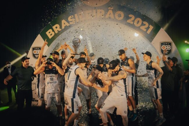 União Corinthians foi campeão do Brasileiro da CBB deste ano ao vencer o Flamengo-Blumenau na final (Foto: Emanuel Kulka/Brand/CBB)